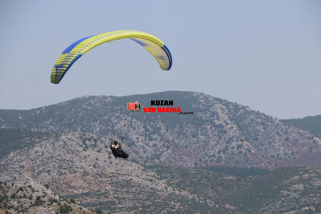 Kozan Hacımirzalı'da Yamaç Paraşütü