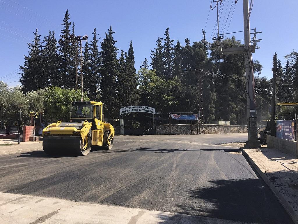 Kozan Tanrıverdi sokağı,Asfalt hamlesi kırsal ve merkez ilçelerde sürüyor