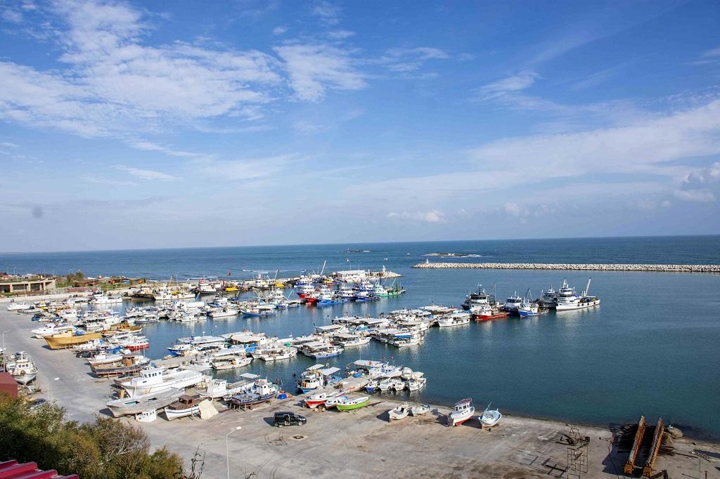 Turizm ilçesi Karataş'ın sorunları hızla çözülüyor