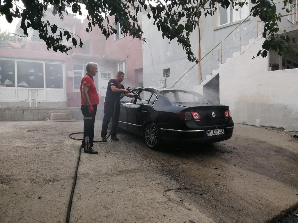 kozanda araba yangını (1)