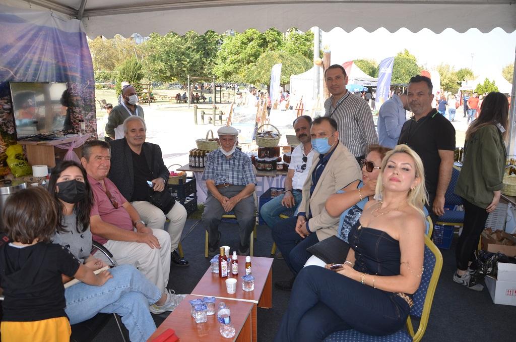 Kozan Belediyesi Lezzet Festivali'nde yöresel ürünler standı ile sahne aldı